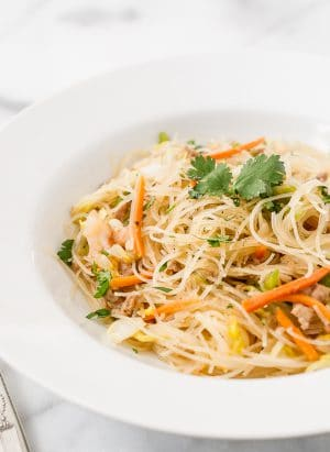 Pancit Bihon - Filipino Rice Noodles | www.kitchenconfidante.com