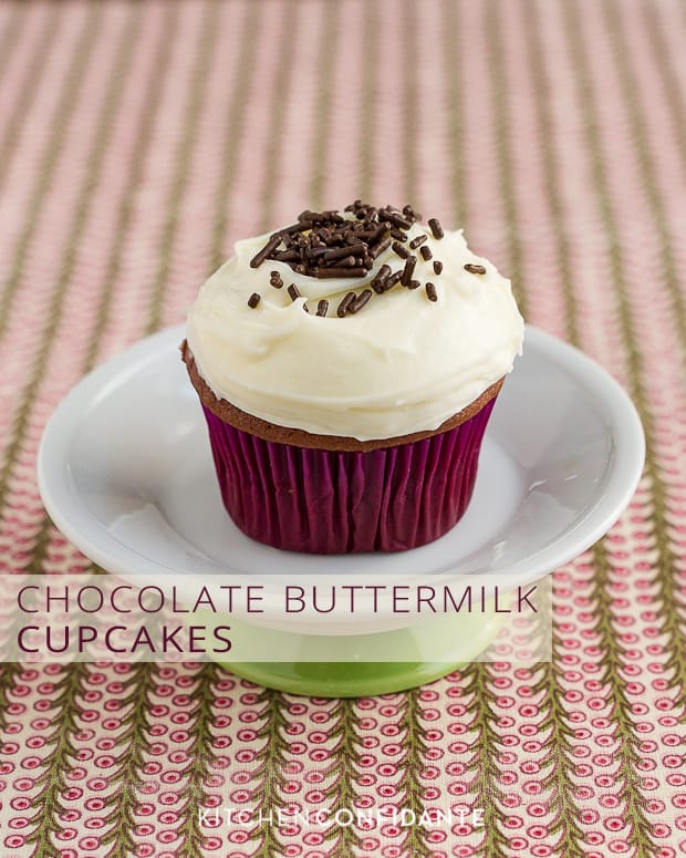 Chocolate Buttermilk Cupcakes | Kitchen Confidante