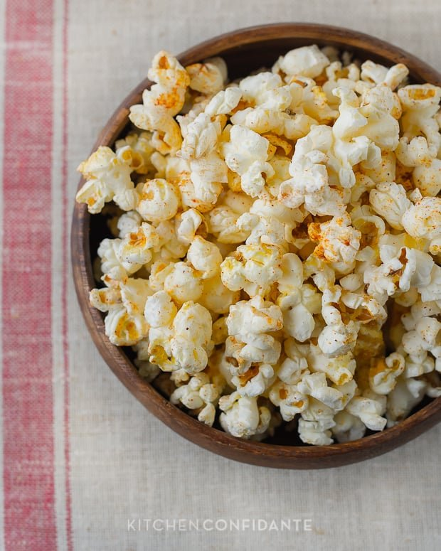 Sugar & Spice Popcorn | Kitchen Confidante