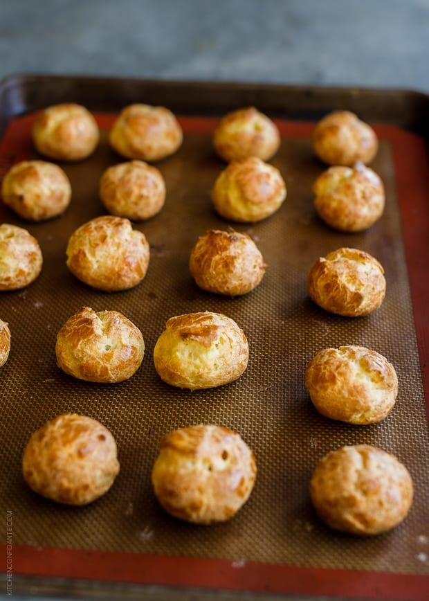 Apple Cheddar Gougères with Crispy Prosciutto | www.kitchenconfidante.com