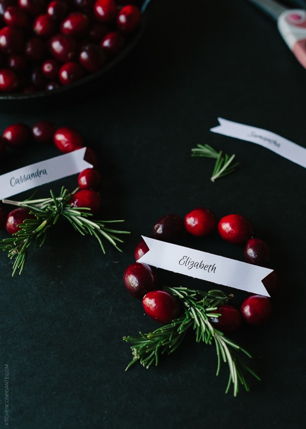 Cranberry Wreath Place Cards DIY | www.kitchenconfidante.com