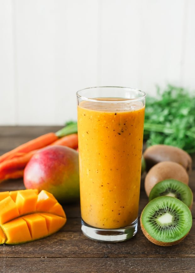 Carrot Mango and Kiwi Smoothie | www.kitchenconfidante.com
