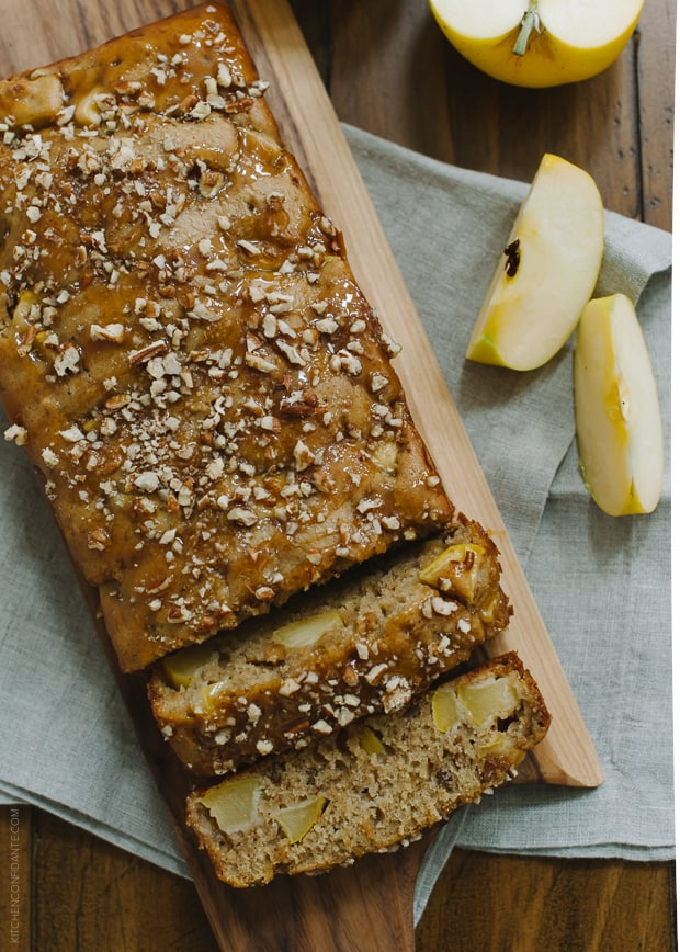 Apple Pecan Loaf Cake | www.kitchenconfidante.com