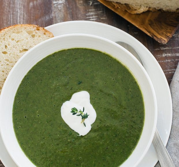 Creamy Spinach Lentil Soup | www.kitchenconfidante.com