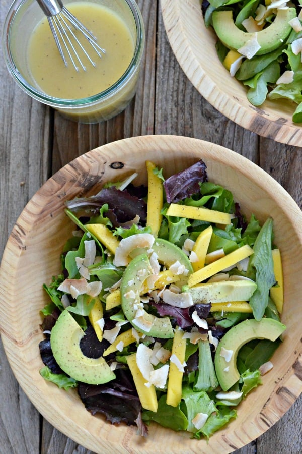 Avocado-mango-salad-with-citrus-poppy-seed-dressing-mountain-mama-cooks-1