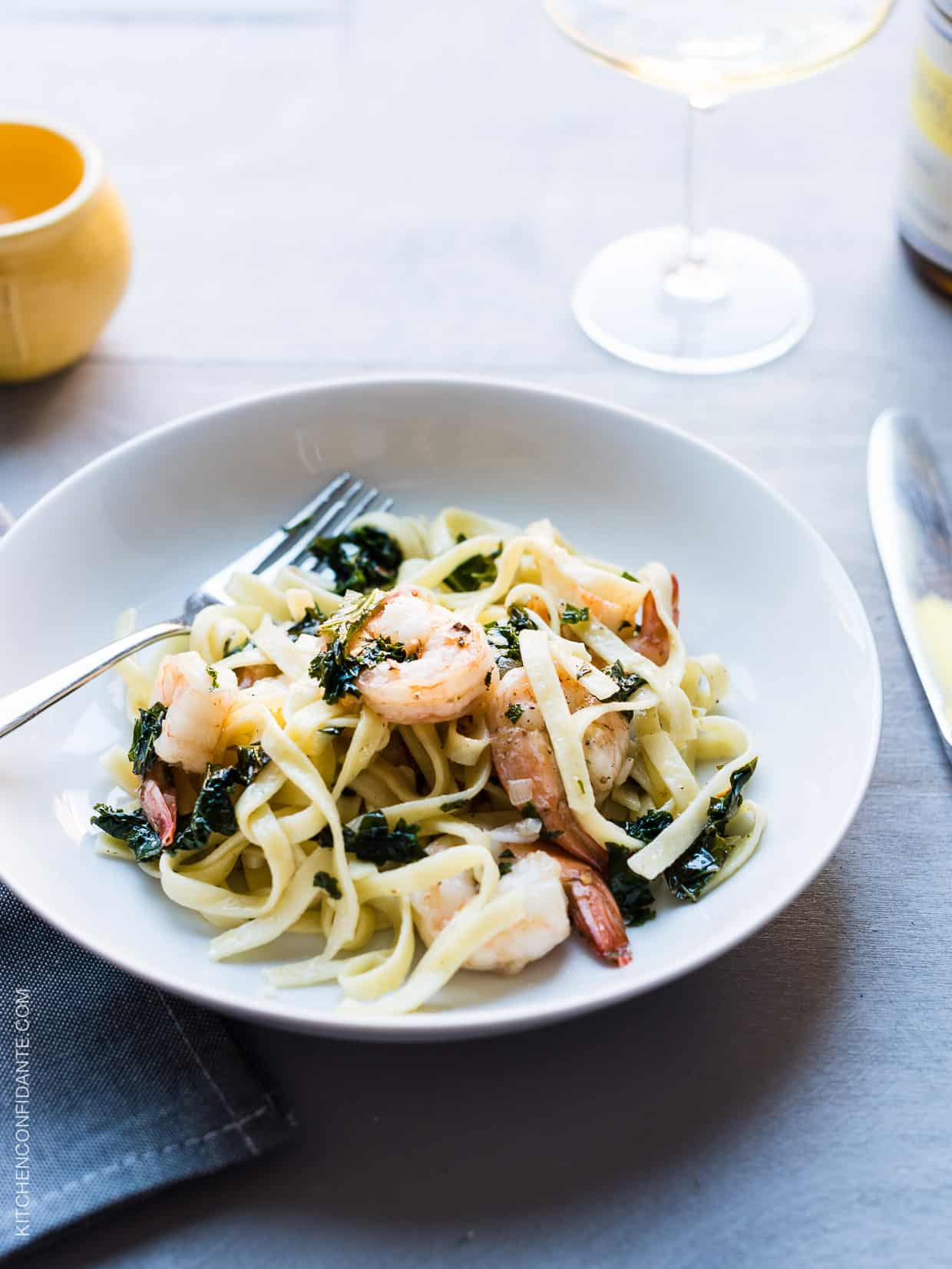 With shrimp that cooks up in minutes, this Kale and Shrimp Scampi cooks in minutes.