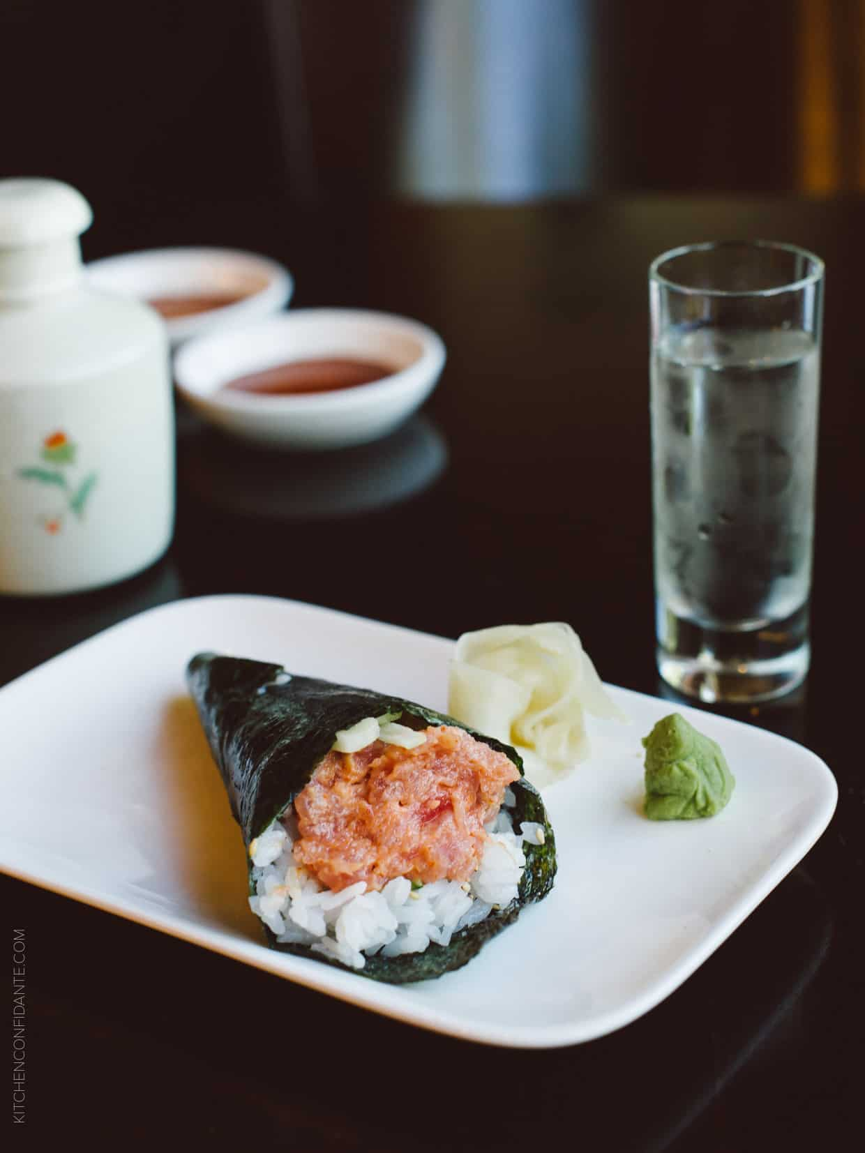 A tuna hand roll goes beautifully with a crisp sake.