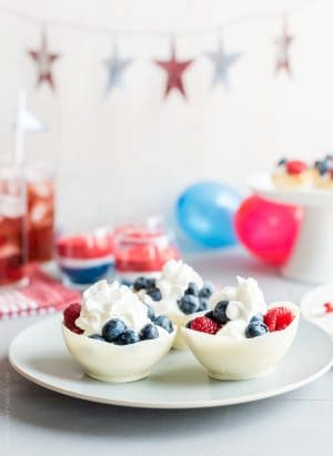 5-Ways-to-Go-Red-White-and-Blue-for-the-4th-of-July-www.kitchenconfidante.com-Red-White-and-Blue-www.kitchenconfidante.com-156.jpg