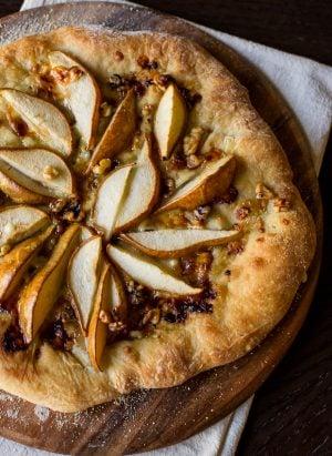 Pear & Walnut Gorgonzola Pizza   Kitchen Confidante