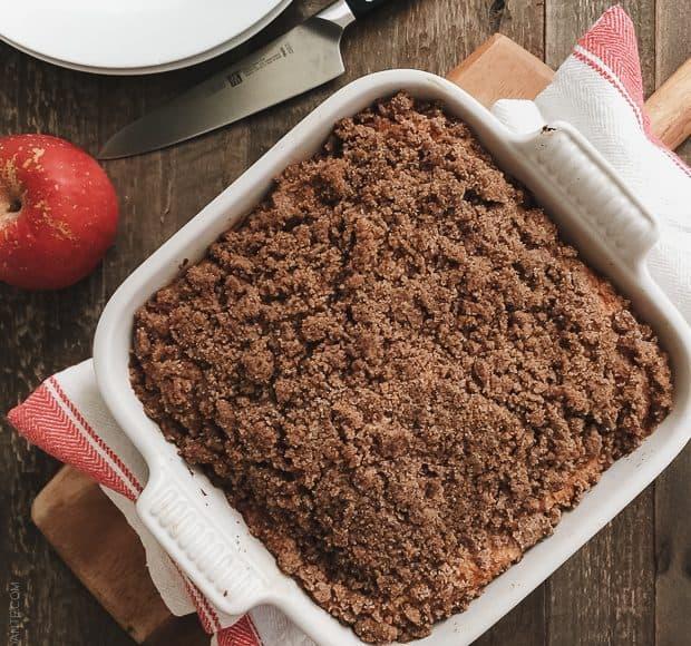Apple Cinnamon Crumb Cake | wwwkitchenconfidante.com