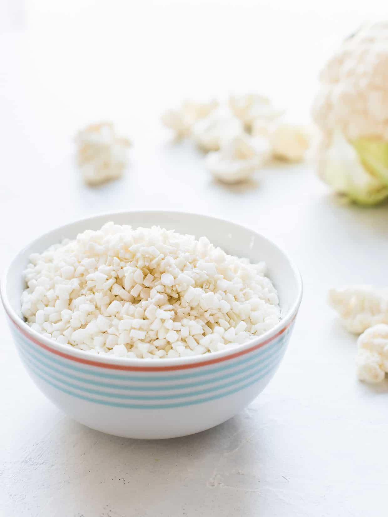 Bowl of prepared cauliflower rice.