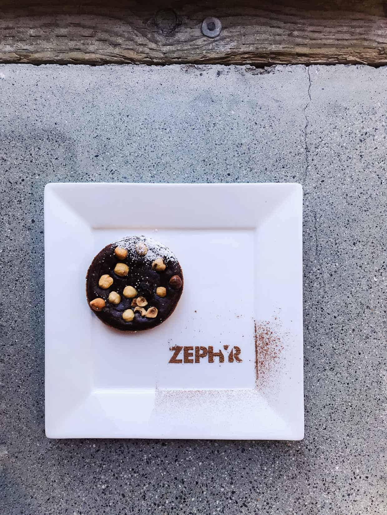 Dessert at Zephyr Showroom and the Zephyr Designer Retreat. #sponsored by Zephyr Ventilation. #ZephyrDesignTribe #ZephyrDesignerRetreat2017.