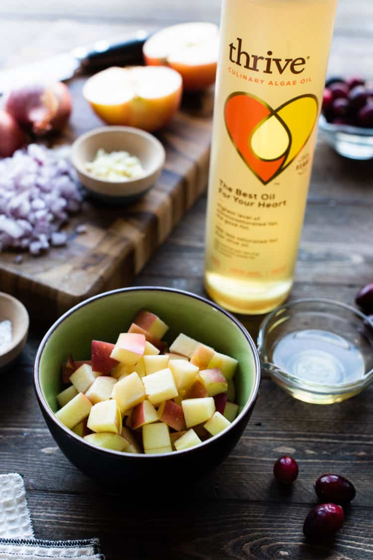 Thrive Algae Oil is used to make Roast Pork Loin with Apple Chutney.