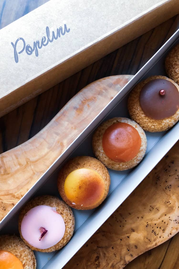 Cream puffs from Popellini