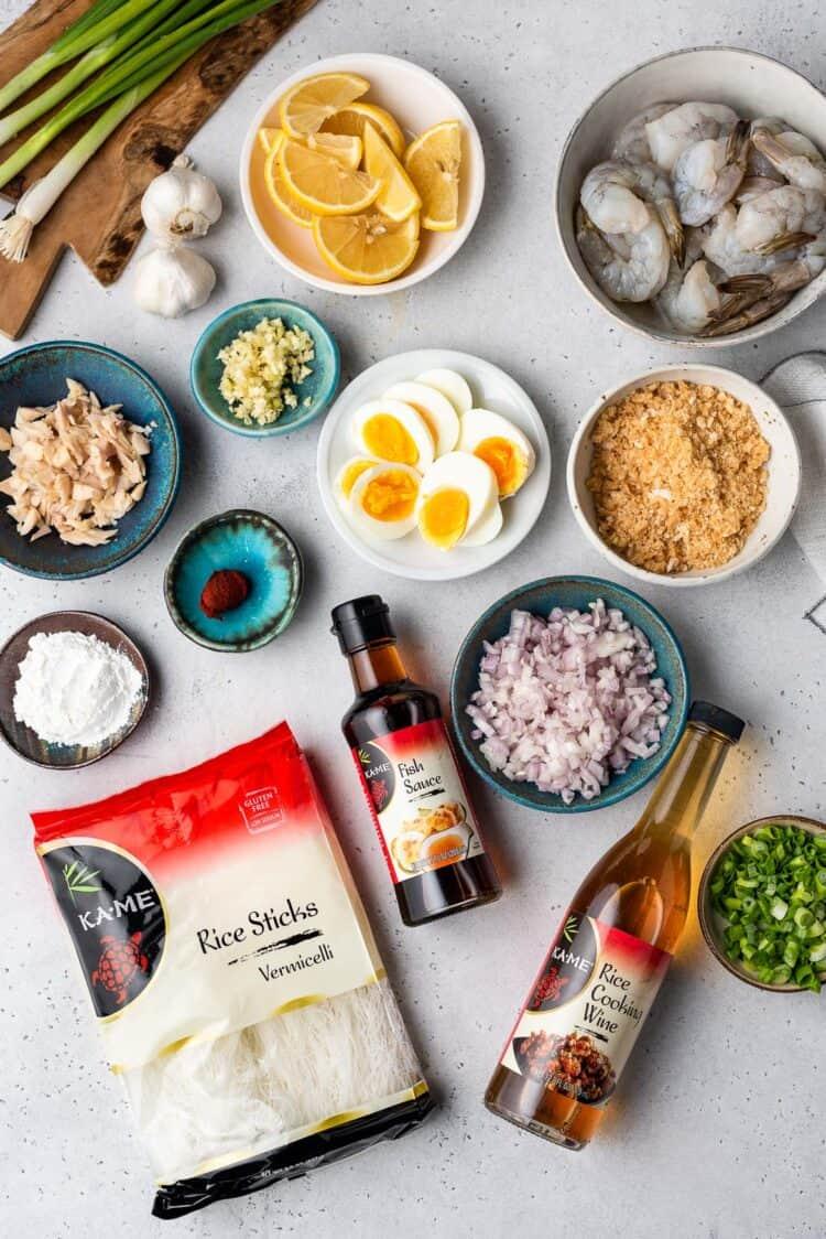 Ingredients for simple Pancit Palabok recipe.